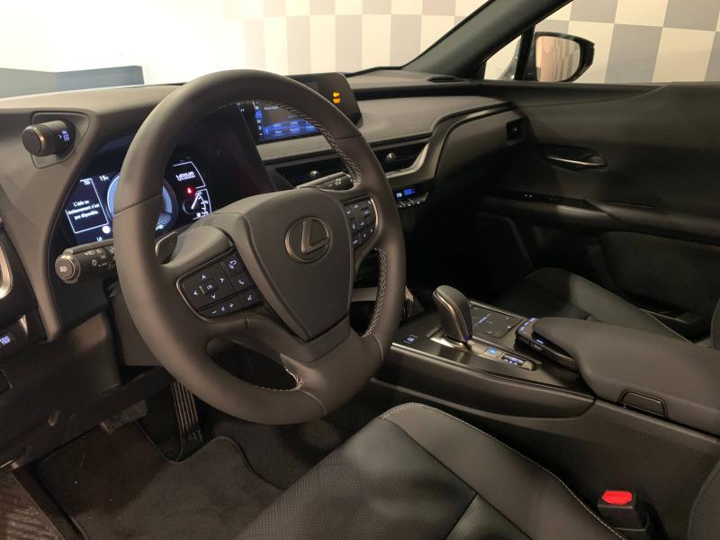 UX 300e Luxe MY21 | LEXUS