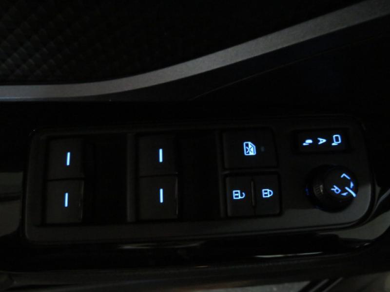 C-HR 184h Collection 2WD E-CVT MC19 | TOYOTA