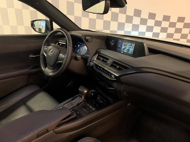 UX 250h 2WD Luxe MY20 | LEXUS